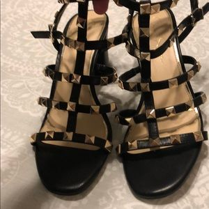 NWOT Jessica Simpson Studded Heels